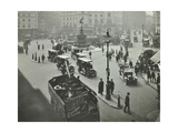 Traffic at Piccadilly Circus, London, 1912