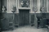 'The Door from Upper School to Chapel Stairs', 1926 Valokuvavedos tekijänä Unknown,