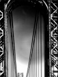 Looking up to Tower on the George Washington Bridge Fotografisk tryk af Margaret Bourke-White