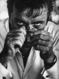 "Richard Burton in a Scene from Motion Picture ""The Night of the Iguana"" Premium-Fotodruck von Gjon Mili"