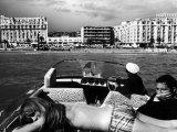 People Sunbathing During the Cannes Film Festival Fotografisk tryk af Paul Schutzer