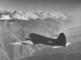 """American C-46 Transport Flying """"The Hump"""" a Long, Difficult Flight over the Himalayas Fotografie-Druck von William Vandivert"""