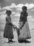 Native American Indian Children Playing with Ram Lámina fotográfica por Loomis Dean