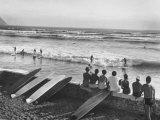 Members of the Waikiki Club Surf Riding Fotografisk trykk