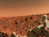 Surface of Mars from Viking 2, with Part of Spacecraft Visible Fotografie-Druck