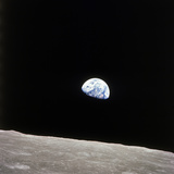 Apollo 8 View of Earth Rise over the Moon Stampa fotografica Premium
