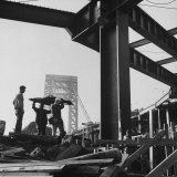 George Washington Bridge Being Constructed Fotografie-Druck von Andreas Feininger