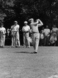 Spectators Watching Ben Hogan, Drive a Ball, at the National Open Golf Tournament Premium-Fotodruck