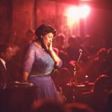 "Jazz Singer Ella Fitzgerald Performing at ""Mr. Kelly's"" Nightclub Premium-Fotodruck von Yale Joel"