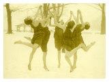 Snow Women Modern Dance Giclée-Druck