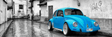 ¡Viva Mexico! Panoramic Collection - Blue VW Beetle Car in San Cristobal de Las Casas Fotografie-Druck von Philippe Hugonnard