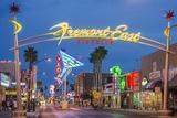 Fremont Street and Neon Sign, Las Vegas, Nevada Reproduction photographique par Michael DeFreitas