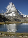 Switzerland, Zermatt, Rotenboden, Riffelsee and Matterhorn Reproduction photographique Premium par Jamie And Judy Wild