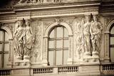Statue Detail at the Louvre Palace, Paris, France Reproduction photographique par Russ Bishop