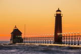 Grand Haven South Pier Lighthouse at Sunset on Lake Michigan, Ottawa County, Grand Haven, Michigan Reproduction photographique Premium par Richard and Susan Day