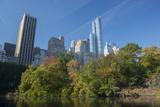 High-Rise Buildings Along from Inside Central Park on a Sunny Fall Day, New York Impressão fotográfica por Greg Probst