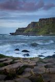 Evening over the Giant's Causeway and the Cliffs of Northern County Antrim, Northern Ireland, Uk Fotografisk trykk av Brian Jannsen