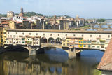 Europe, Italy, Florence. View of Arno River and Ponte Vecchio Fotografisk trykk av Trish Drury