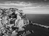 Europe, Italy, Manarola. B&W of Hillside Town Overlooking Ocean Fotoprint van Jaynes Gallery