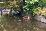 Netherlands, Holland, Medieval Old Town, Inner City Canals, Wooden Boat Reproduction photographique par Emily Wilson