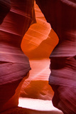 A Tour Through the Red Rock Tunnels of Antelope Canyon in Arizona Reproduction photographique par Micah Wright