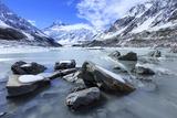 Hooker Valley Glacial Lake, Mt. Cook National Park, South Island, New Zealand Reproduction photographique par Paul Dymond