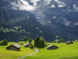 Switzerland, Bern Canton, Grindelwald, Alpine Farm Area Reproduction photographique par Jamie And Judy Wild