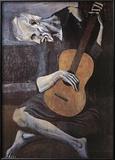 Le vieux guitariste aveugle, vers 1903 Affiches par Pablo Picasso