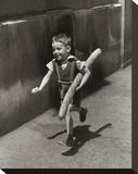 Petit Parisien Toile tendue sur châssis par Willy Ronis