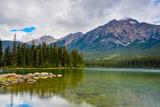 Pyramid Lake, Pyramid Mountain, Jasper National Park Impressão fotográfica por Sonja Jordan