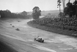 Talbot 90 on the banking at Brooklands, 1930s Reproduction photographique par Bill Brunell
