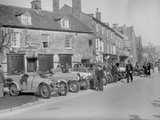 Bugattis at a Bugatti Owners Club meeting, Broadway, Worcestershire, 1937 Reproduction photographique par Bill Brunell