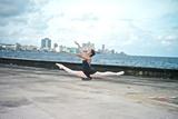 A Classic Ballerina from the Cuba National Ballet at the Malecon Fotografie-Druck von Kike Calvo