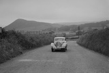 Jaguar SS saloon of N Howfield competing in the South Wales Auto Club Welsh Rally, 1937 Reproduction photographique par Bill Brunell