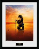 Wonder Woman - Kneel Reproduction encadrée pour collectionneurs