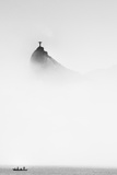 Cristo in the Mist Fotografie-Druck von Trevor Cole