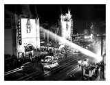 Grauman's Chinese Theatre Hollywood Blvd. 1944 Poster von  Hollywood Historic Photos