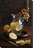 Life And Lemons Pingotettu canvasvedos tekijänä Luiz Laercio