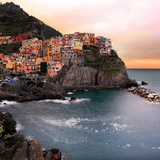 Manarola Coast Tempered Glass Art Plakater