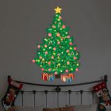 Toverachtige, traditionele kerstboom Muursticker