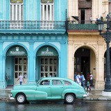 Cuba Fuerte Collection SQ - Colorful Architecture and Turquoise Classic Car Fotografie-Druck von Philippe Hugonnard