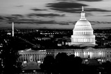 High angle view of a city lit up at dusk, Washington DC, USA Fotografisk tryk af Panoramic Images,