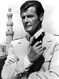 "Roger Moore. ""The 007, James Bond: Spy Who Loved Me"" [1977], Directed by Lewis Gilbert. Impressão em tela esticada"