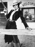 """Raquel Welch. """"Bandolero!"""" [1968], Directed by Andrew V. Mclaglen. Opspændt lærredstryk"""