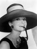 """Audrey Hepburn. """"Breakfast at Tiffany's"""" [1961], Directed by Blake Edwards. Impressão em tela esticada"""