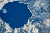 Satellite view of Crater Lake, Oregon, USA Impressão fotográfica