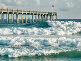 High Surf Day Preceding Tropical Storm. View of Pier and Ocean Waves in Pensacola, Florida. Fotografie-Druck von  forestpath
