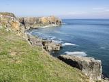 Coast at St. Govan, Pembrokeshire Coast National Park, Pembrokeshire, Wales, United Kingdom, Europe Reproduction photographique par Jean Brooks