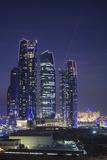 UAE, Abu Dhabi, Etihad Towers, dusk Reproduction photographique par Walter Bibikw