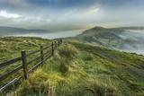 View from Mam Tor of fog in Hope Valley at sunrise, Castleton, Peak District National Park, Derbysh Fotografisk trykk av Frank Fell